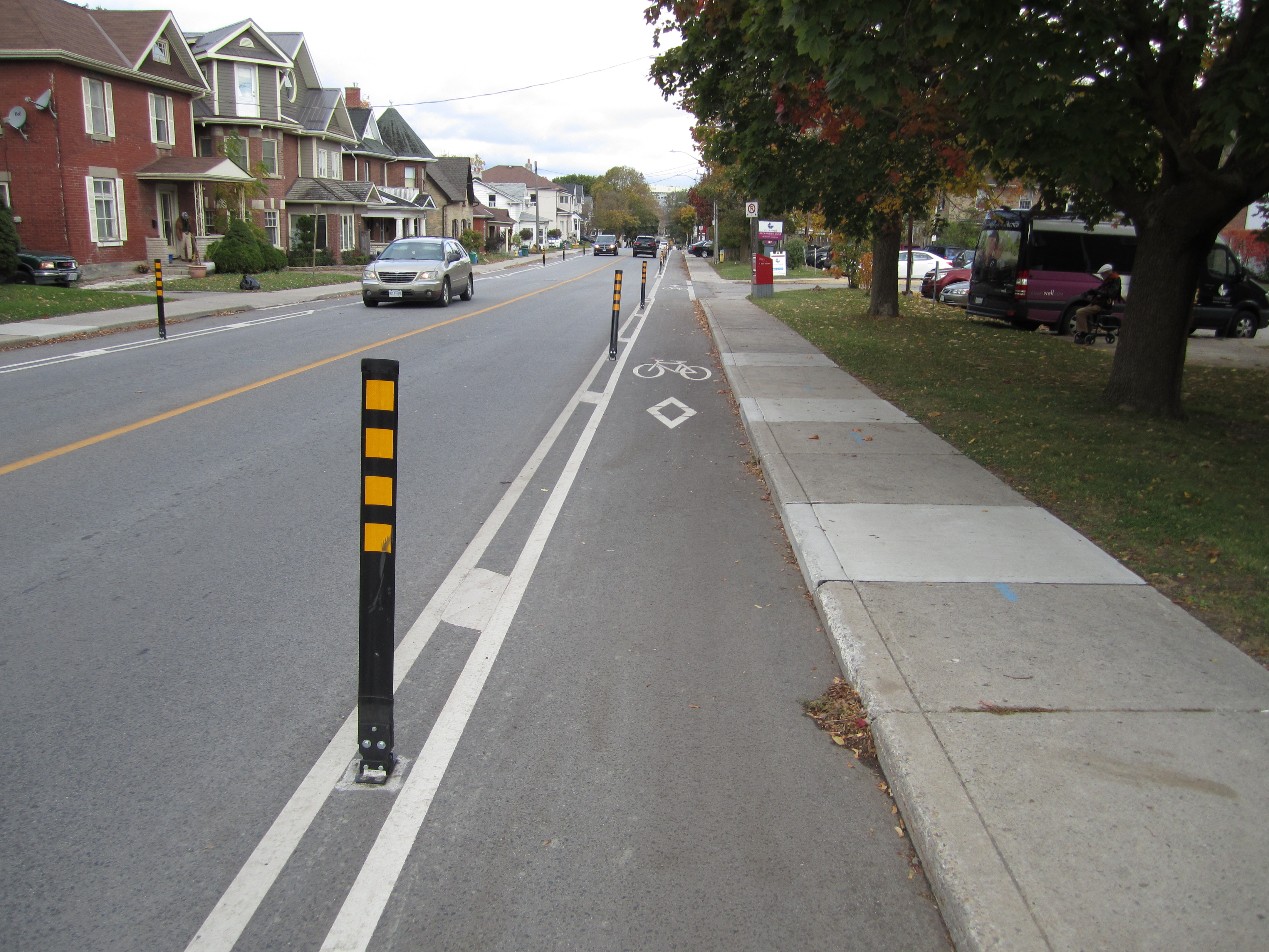A picture of buffered bike lanes on Prospect street looking northbound