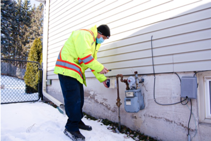 WAMCO installer conducting a water meter upgrade