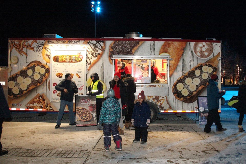 image of children in line to get some beavertails